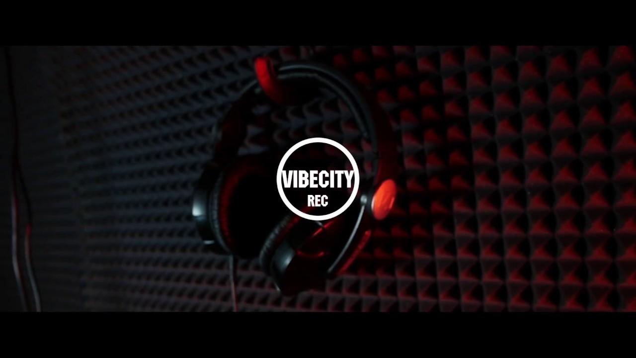МЛЕЧНЫЙ – БУДЕМ РОК-ЗВЕЗДАМИ (LIVE)