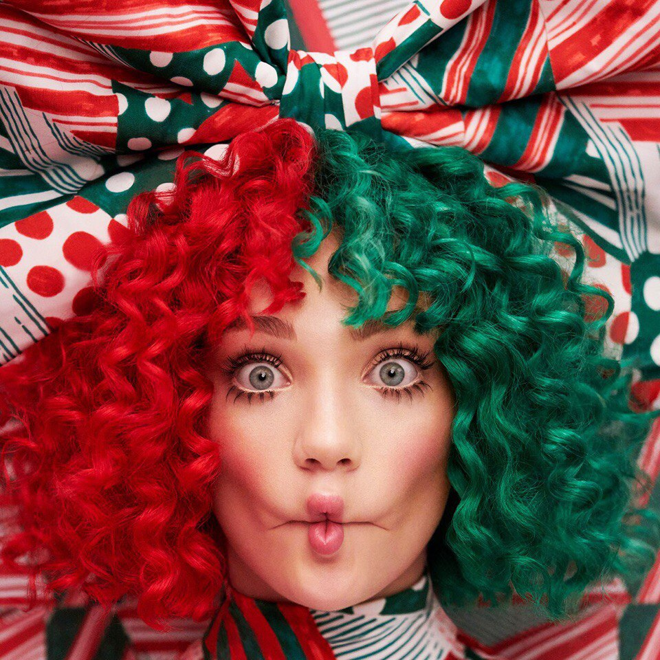 Sia – Everyday is a Christmas