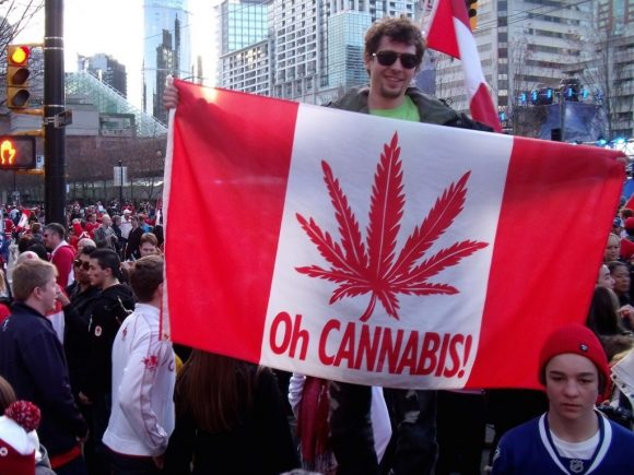 В Канаде полностью легализовали марихуану